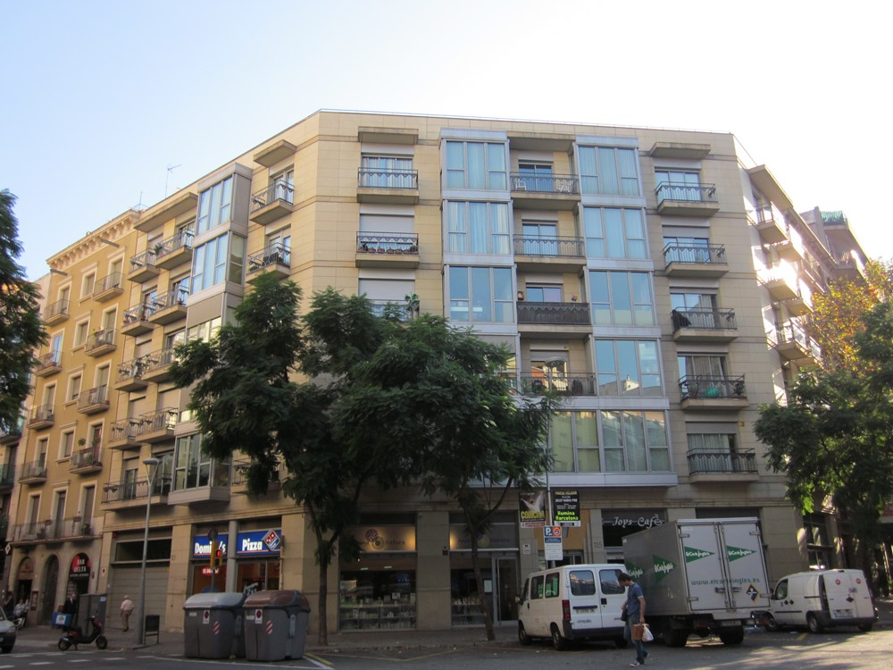 Costa Realty - 08013.4